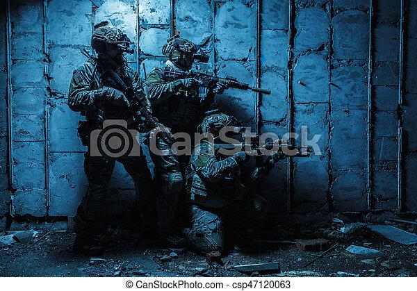 Army Ranger in field Uniforms - csp47120063