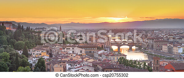 Arno River and Ponte Vecchio at sunset, Florence - csp20755302