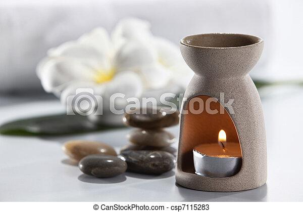aromatherapy - csp7115283