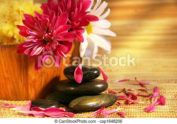 Aromatherapy with pink and white chrysanthemums, - csp1648206