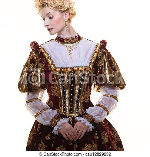 Reina arrogante con vestido real aislada en blanco - csp12829232