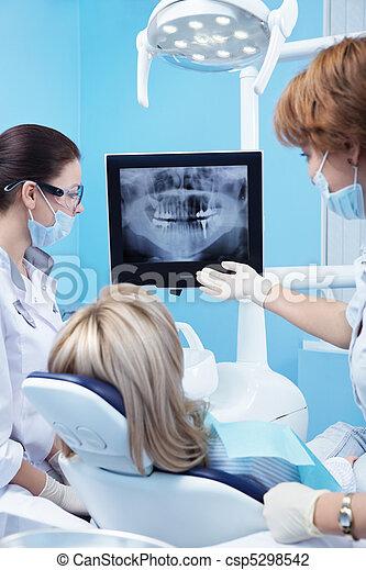 art dentaire - csp5298542