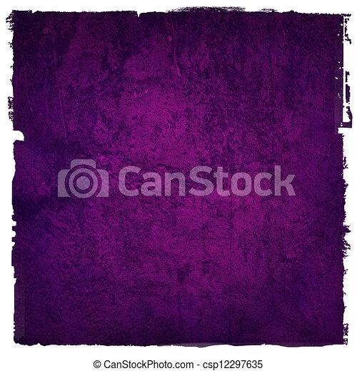 Abstraer el fondo púrpura o el papel con el centro de atención y el marco oscuro de la frontera con la textura de fondo grunge. Para el diseño de diseño de arte gráfico liviano - csp12297635