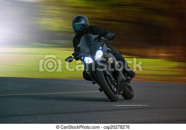 asfalt, groot, jonge, tegen, hoog, fiets, motorfiets, weg, paardrijden, man - csp20278276