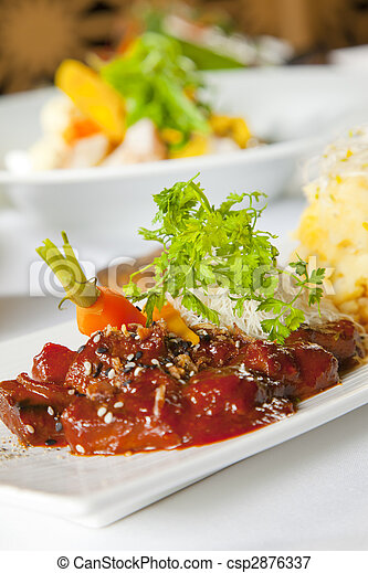 Asian dish with beef, noodles and vegetables - csp2876337