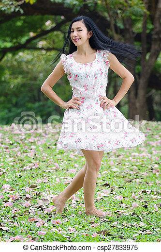 asian woman - csp27833975
