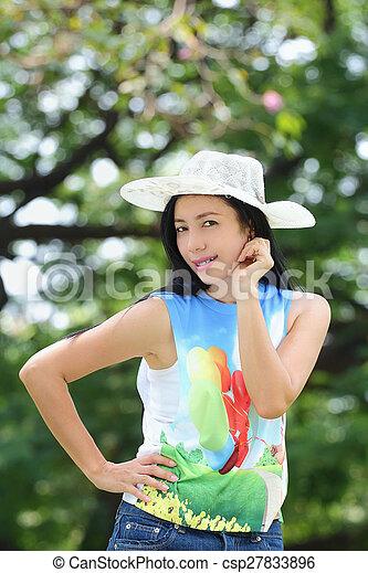 asian woman - csp27833896