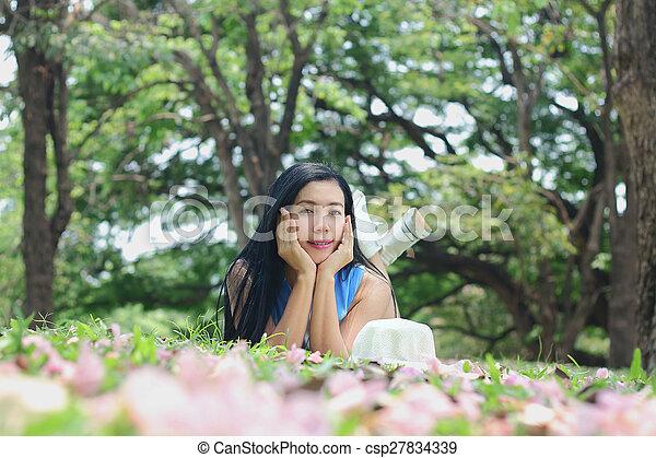 asian woman - csp27834339