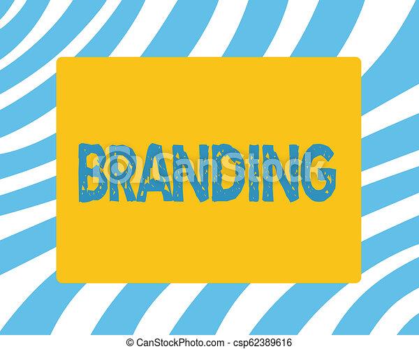 Señal de texto mostrando marca. Fotografía Conceptual nombre de marca de marca a algo estrategia de marketing de negocios - csp62389616