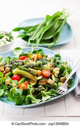 asperge, salade verte - csp13948804