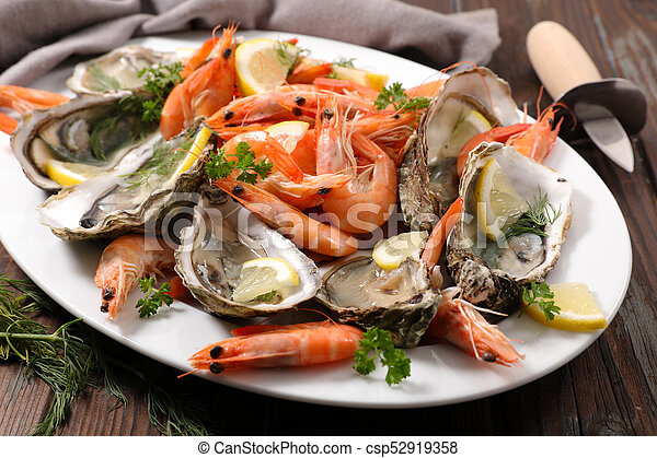 assorted fresh seafood platter - csp52919358