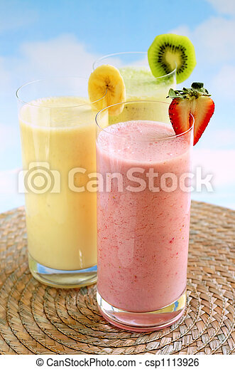 Assorted fruit smoothies - csp1113926