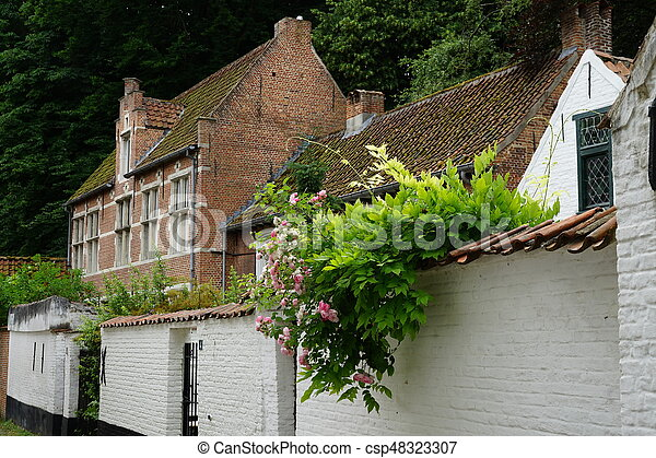 At the beguinage - csp48323307