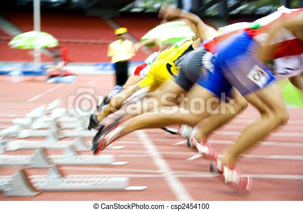 Sportler fangen an - csp2454100