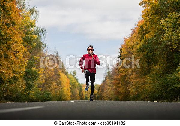 Joven atleta - csp38191182