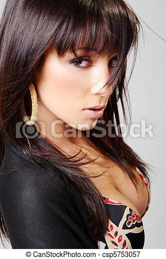 Atractive brunette, portrait - csp5753057