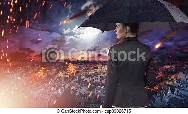 atractivo, morena, desastre natural, mirar fijamente - csp33026715