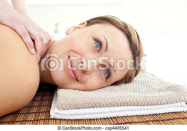 atraente, retrato, mentindo, tabela, massagem, mulher - csp4405541
