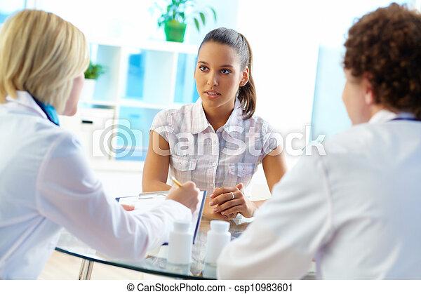 attentif, patient - csp10983601