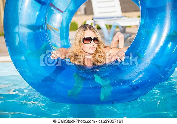 Attractive blond woman - csp39027161