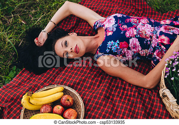 Think, sexy photos of woman on picnic