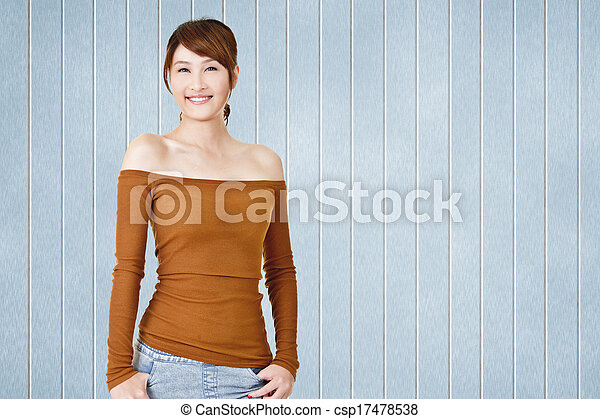 Attractive young Asian woman - csp17478538