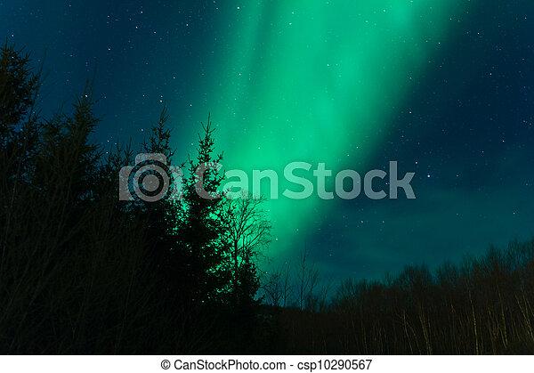 a high resolution image of aurora borealis northern lights