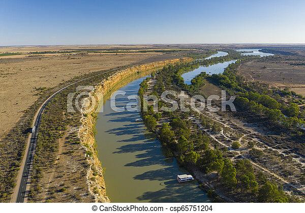 Vista aérea del río Murray en el sur de Australia - csp65751204