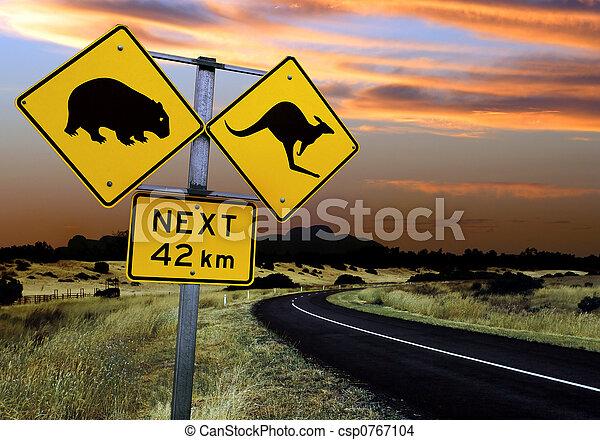 australiano, sinal estrada - csp0767104