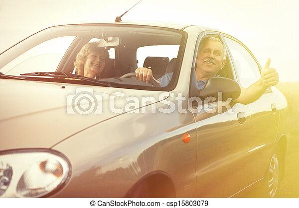 autó, két, öregedő emberek - csp15803079