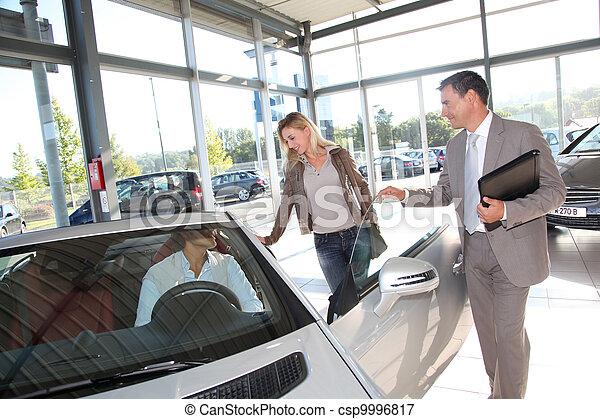 autó, párosít, kereskedelem, eladó - csp9996817