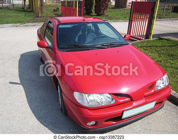 autó, piros - csp13387223