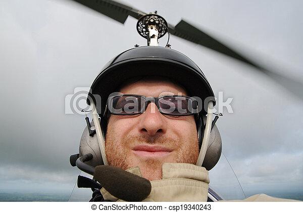 Autogyro pilot - csp19340243