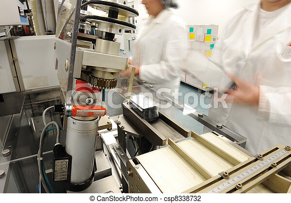 Automated production line in modern factory - csp8338732