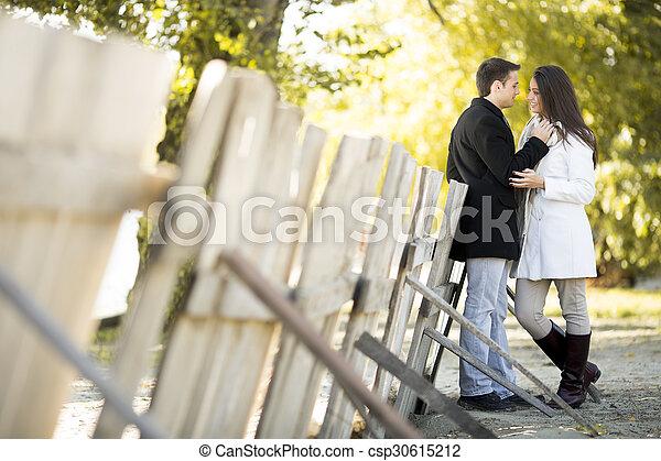 automne, couple, parc, jeune - csp30615212