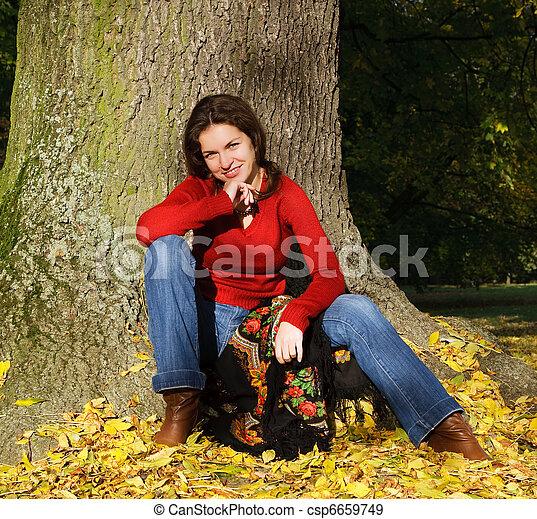 automne, femme, parc, jeune - csp6659749