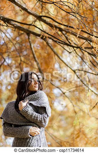 automne, girl - csp11734614