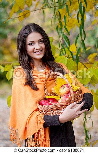automne, girl, parc, jeune - csp19188071