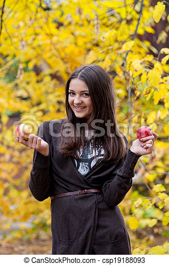 automne, girl, parc, jeune - csp19188093