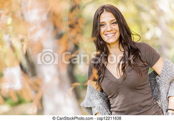 automne, girl - csp12211638