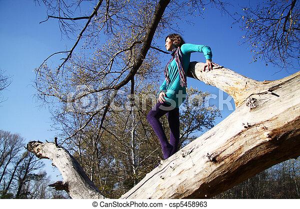 automne, marche, parc, girl - csp5458963