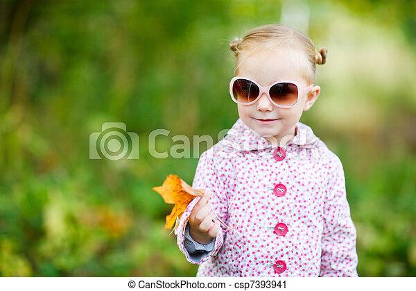 automne, mignon, girl, parc - csp7393941
