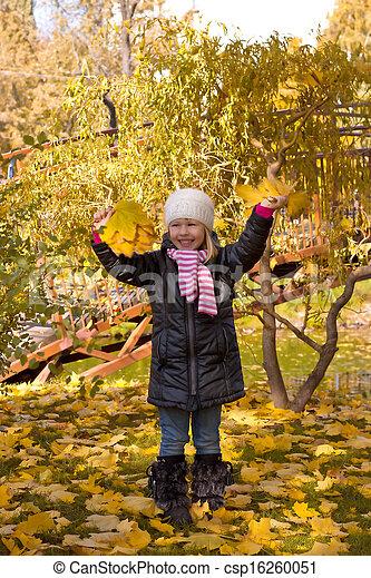 automne, mignon, girl, parc - csp16260051