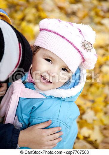 automne, mignon, girl, parc - csp7767568