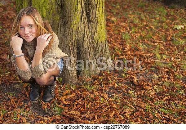 automne, mignon, girl, park., jeune - csp22767089