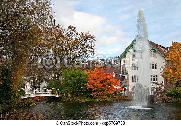 automne, parc, fontaine - csp5769753