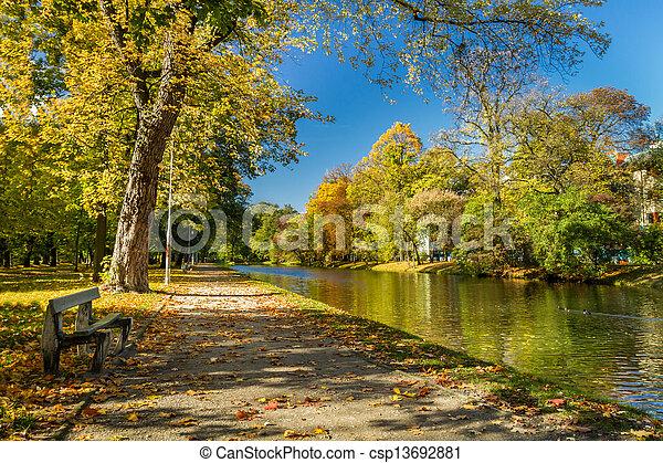 automne, parc, jour ensoleillé, banc - csp13692881