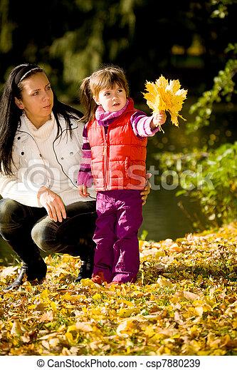 automne, peu, parc, girl - csp7880239