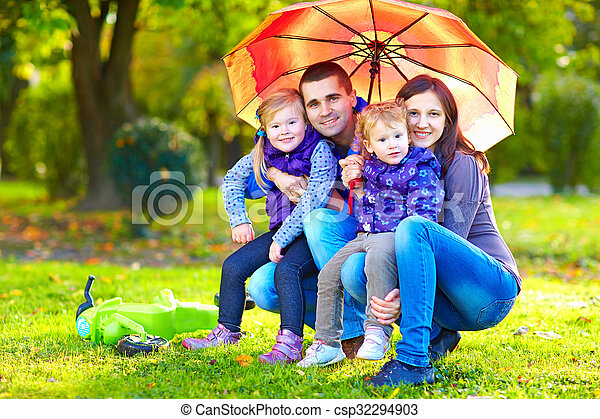 automne, portrait, parc, famille, heureux - csp32294903