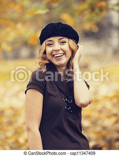 automne, roux, girl, park. - csp11347409